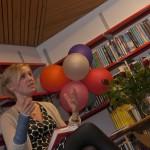 Kjersti Annesdatter Skomsvol er internasjonal stjerne på bokhimmelen. Imponerande, og så kjekt å prate med henne. Reflektert og klok forfattar som no skriv på ei diktsamling.
